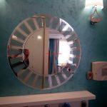 Зеркало с пескоструйным рисунком с обратной стороны
